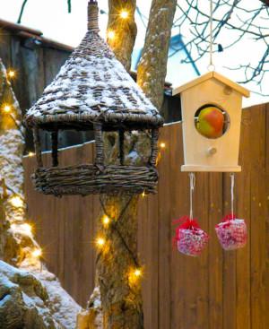 Vánoční dekorace - krmítko pro ptáčky